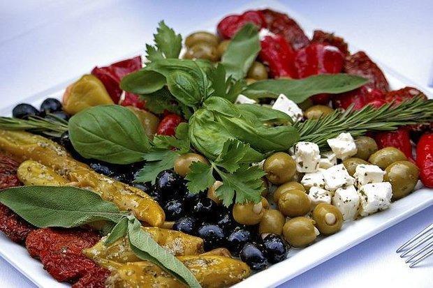 رژیم غذایی مدیترانه ای ابتلا به آلزایمر را به تعویق می اندازد